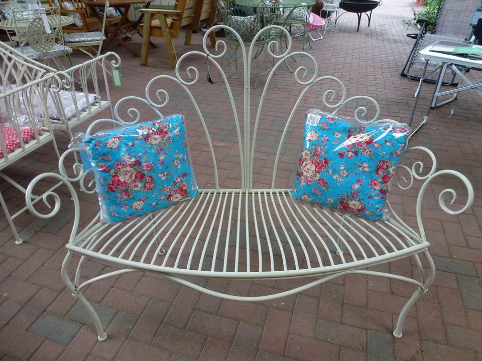 garden_bench_cushions