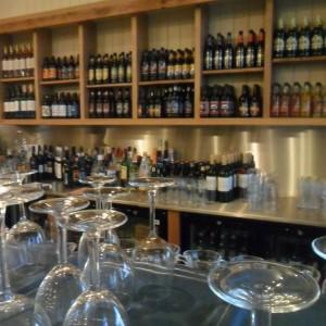 wine_in_barn_cafe